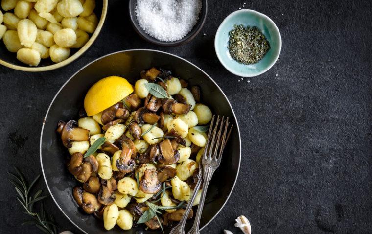 rezept-für-gnocchi-pilz-pfanne