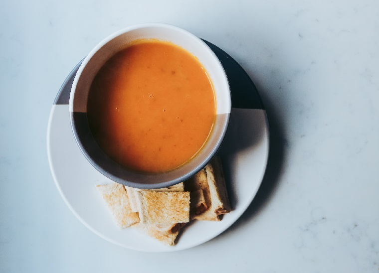 rezept-möhrensuppe-mit-linsen